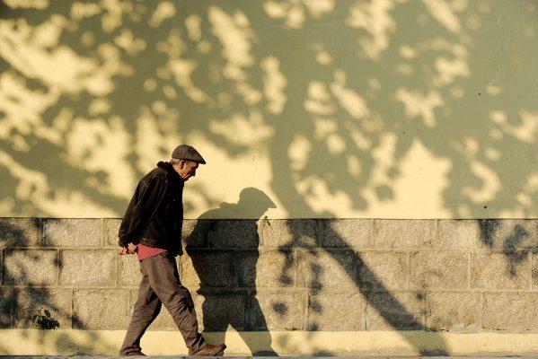 人口老化的問題,已是刻不容緩,政府與業界均需要付出更多努力,拓展商機,才有機會稍作舒緩,為社會解決問題。