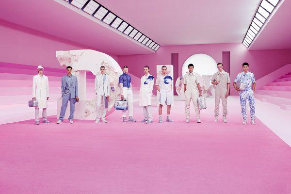 DIOR and RIMOWA別注行李系列於Dior 2020夏季男裝展中發表,以簡約型格設計令人驚艷。