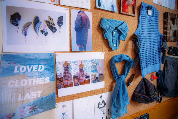 Fashion Clinic位於佐敦工作室面積雖小,卻扮演著回收衣料及修補的重要平台角色。