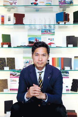 廖錦興info 萬通集團國際創辦人兼行政總裁 香港青年工業家協會會長 2009年度香港青年工業家獎
