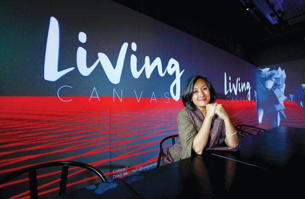在FAMALAND的一個房間中,Anita與公司團隊設計了讓人親歷其境的Immersive Dining Experience@Living Canvas體驗裝置。