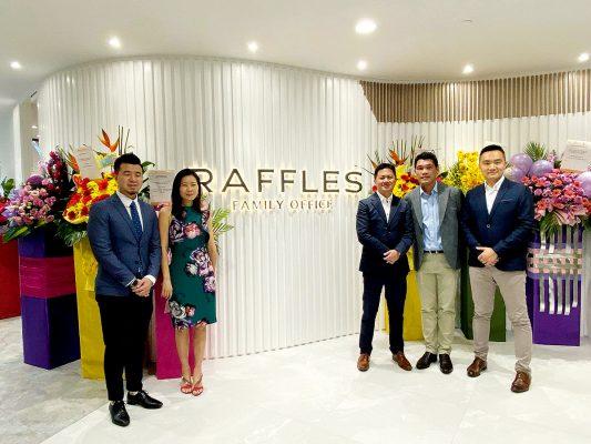 萬方早前宣布與香港頂尖共享辦公室品牌WorkTech成立合營公司「Raffles Tech」,建構出財富管理業生態圈,以產生更大的協同效應。