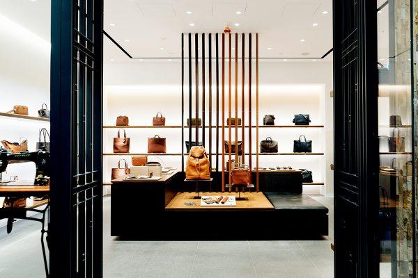 Tsuchiya Kaban 土屋鞄製造位於K11 購物藝術館內之專門店。