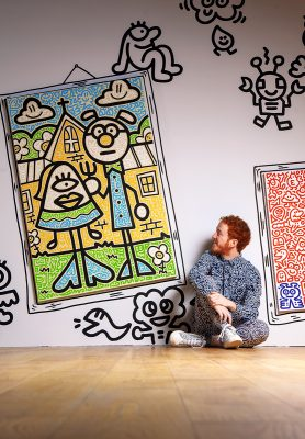 塗鴉涵蓋我生命的 每部份,包括房屋、 衣服、傢俱,都滿有我的塗鴉手筆。每一件手所做的,都是圍繞塗鴉!