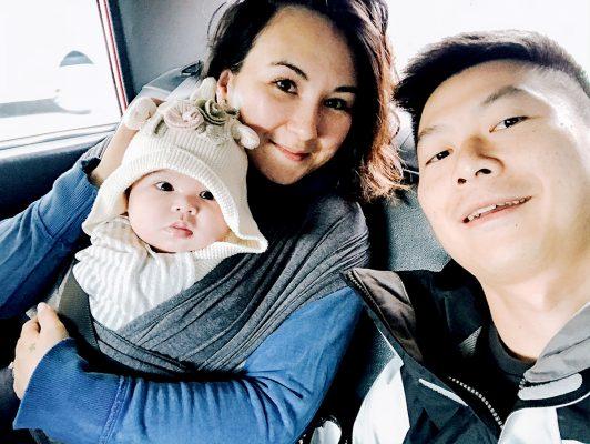 Coco與女兒和丈夫的生活照。