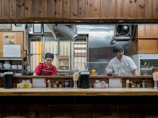 味の札幌大西是青森市內非常地道的拉麵店。