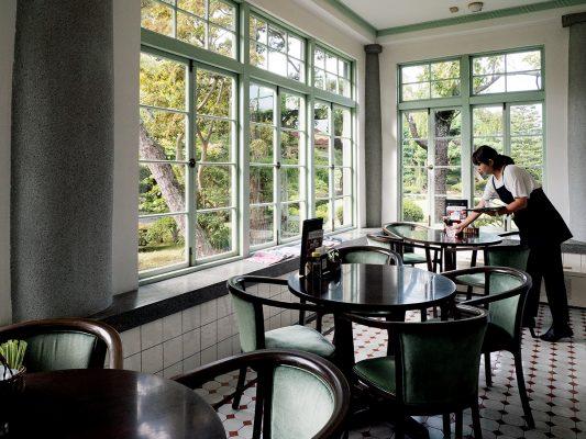 環境清幽的大正浪漫喫茶室,可在這裡悠閒坐半天。