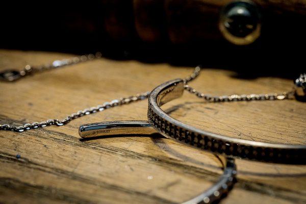 品牌中大熱系列Manon「融」,利用Ecruloy技術製成特別材質,據聞連男士都愛上。