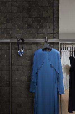 COS 專門店網羅不同的時尚單品,包括今季最時興的款式。
