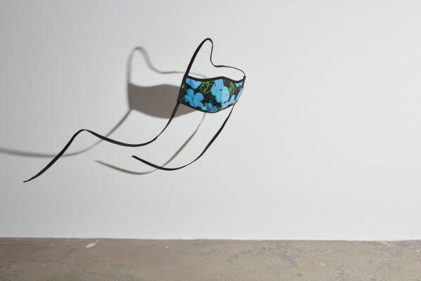 Andy Warhol, 《Flowers》 (@warholfoundation)