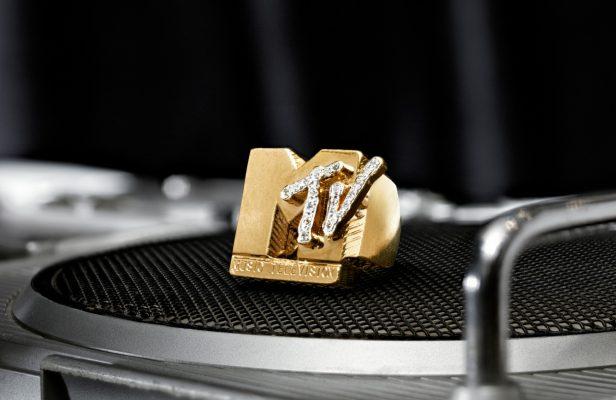 黃金鑽石「MTV」戒指