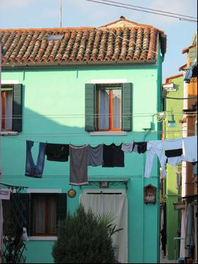 Burano島上色彩絢麗小房子