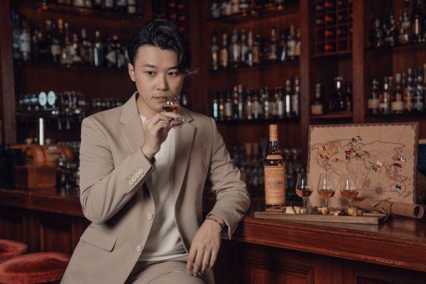 於「威士忌品酒體驗課程」中,威士忌大使Alvin Lam會與參加者同嚐三款限量珍稀威士忌。