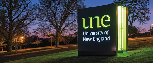 University of New England banner