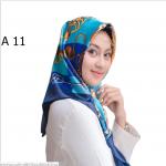 HIJAB SILK SEGI EMPAT PREMIUM / KERUDUNG MUSLIMAH HMA011