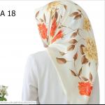 HIJAB SILK SEGI EMPAT PREMIUM / KERUDUNG MUSLIMAH HMA018