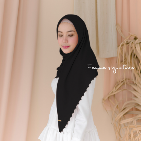 Aisyah Shawl Square Black