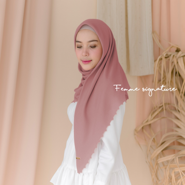 Aisyah Shawl Square Dusty Salmon