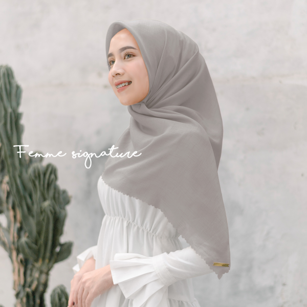 Fatimah Shawl Square Light Sand