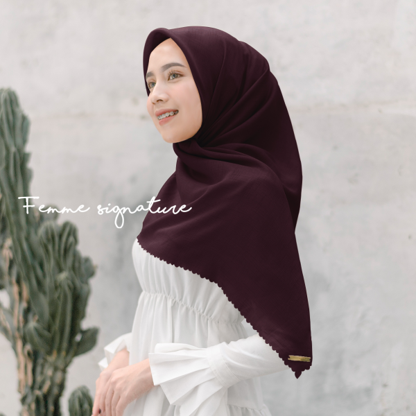 Fatimah Shawl Square Red Wine