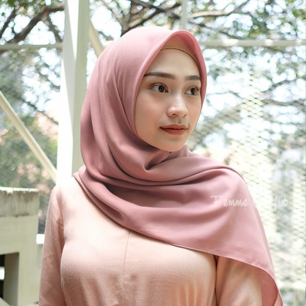 Ghania Shawl Square Dusty Pink