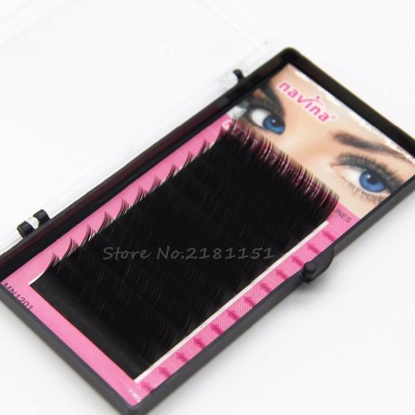 eyelash extension Navina