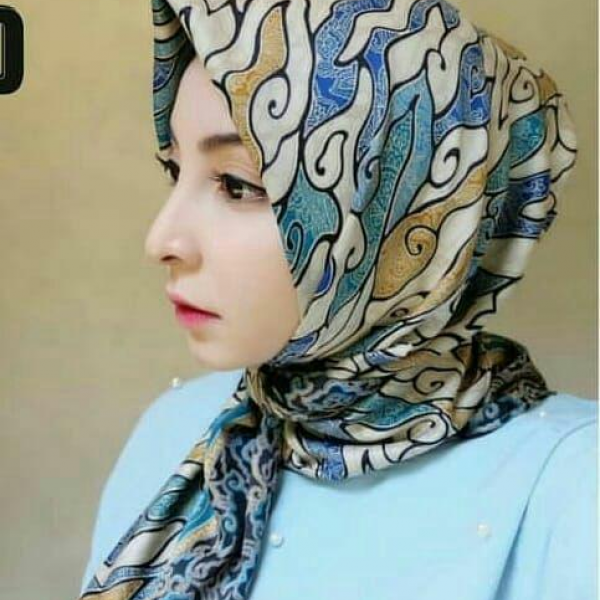 Jilbab batik semi sutra