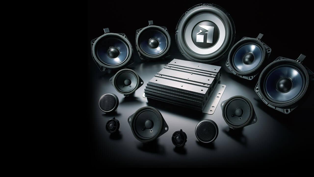 Hệ thống audio giải trí cao cấp 6 đĩa và 12 loa ROCKFORD
