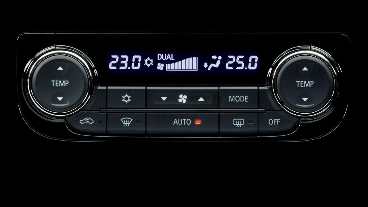 Dual-zone Auto Air Conditioner