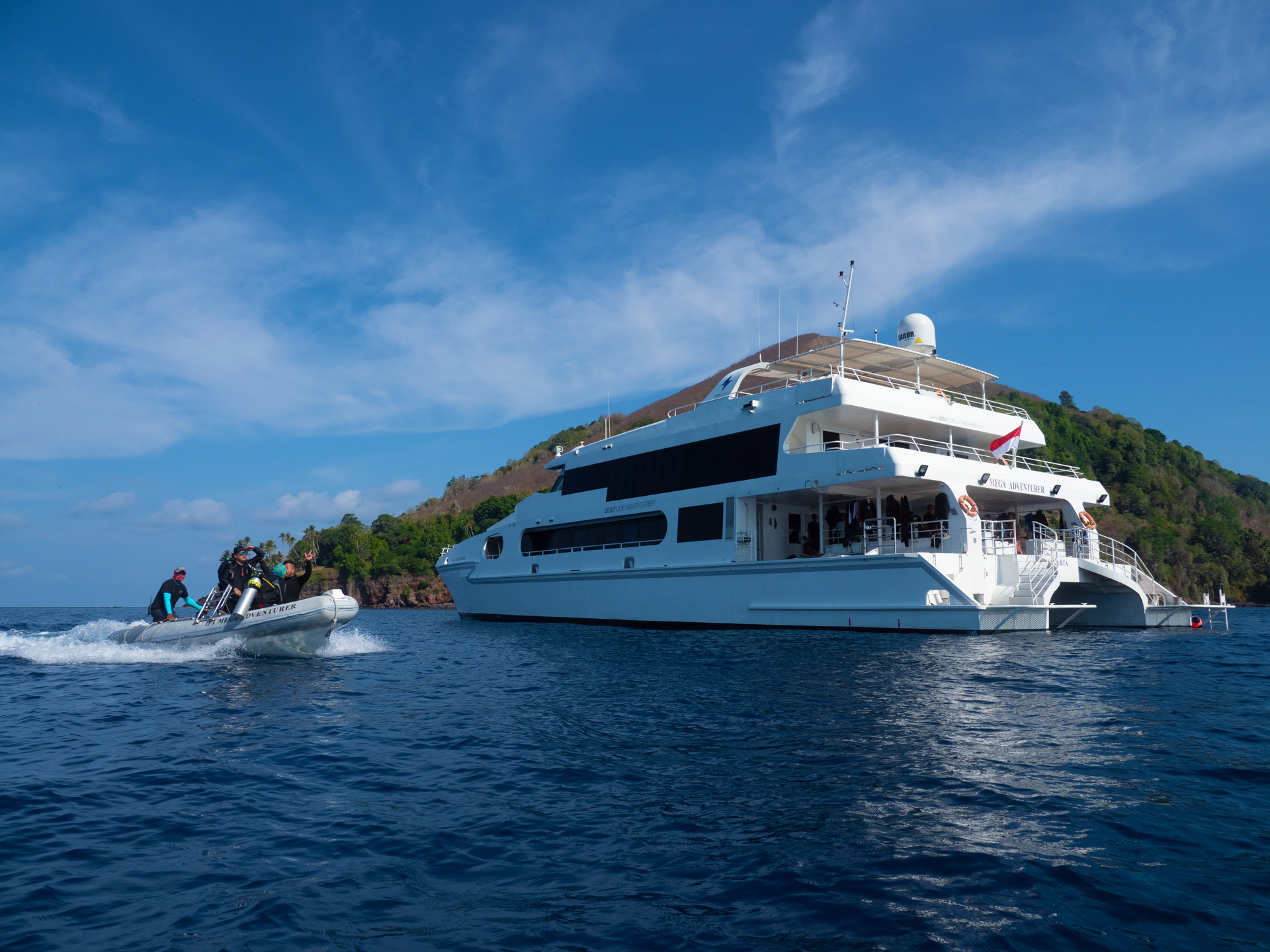 Adventurer Solitude - Raja Ampat - Drone - Scuba Diving - liveaboard - catamaran - holiday - vacation - luxury - dive - indonesia - palau - philippines