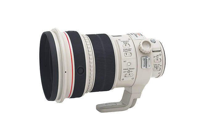EF 200mm f_2L IS USM 1.jpg