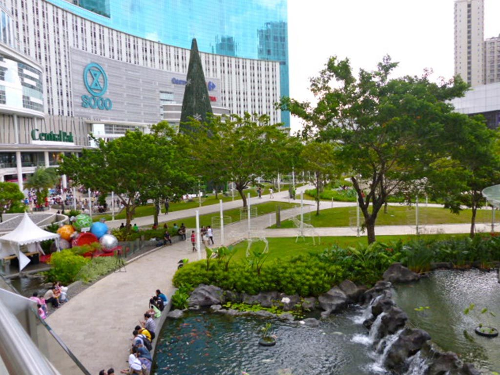 Hasil gambar untuk tribeca park