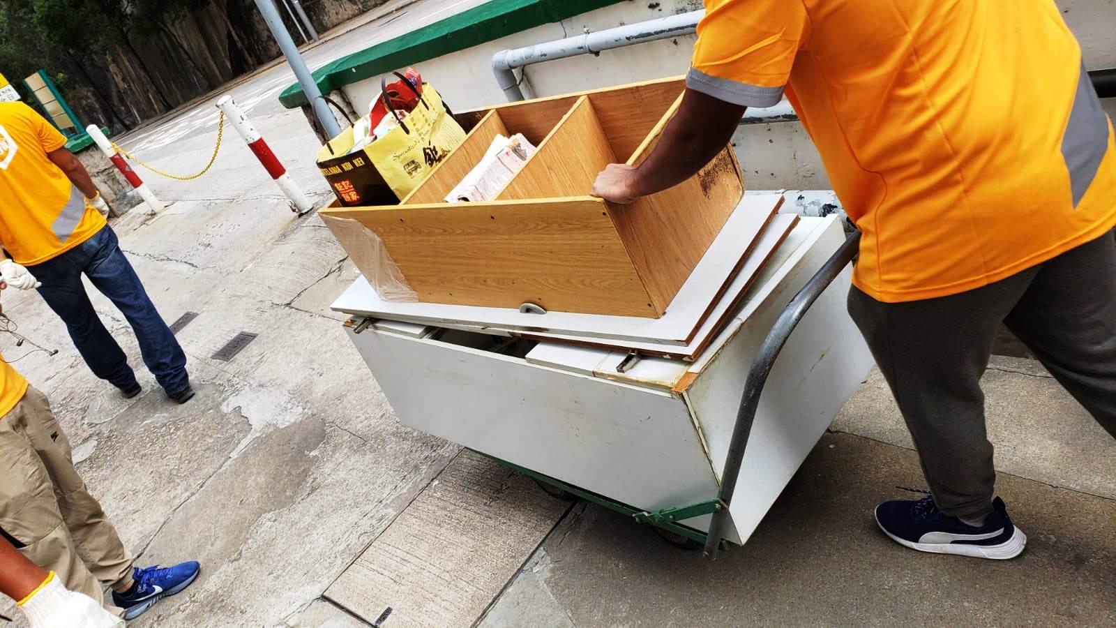 家具搬運服務及修補地台瓦