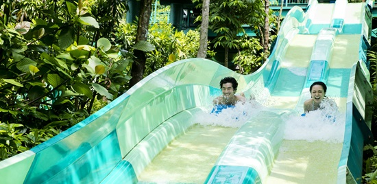 PROMO  Adventure Cove Waterpark