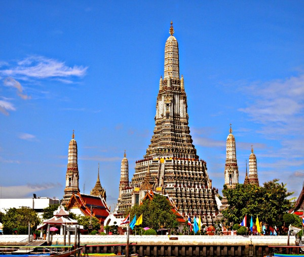 Bangkok Waterways and Wat Arun Tour
