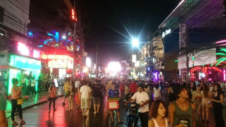Phuket Night Spot | Things to do in Phuket