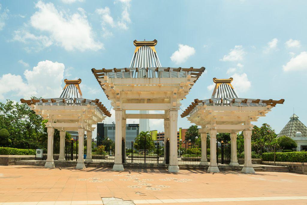 taman kota di surabaya