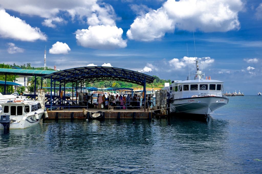 kapal ferry di batam