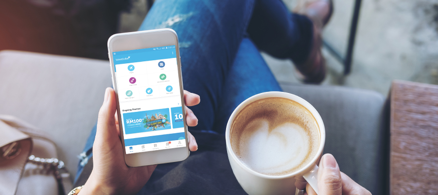 Flight booking with Traveloka app