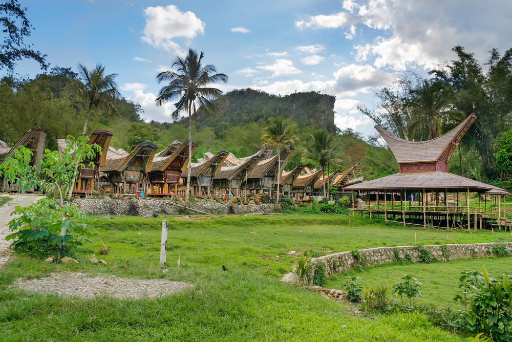 Tongkonan, Traditional Village
