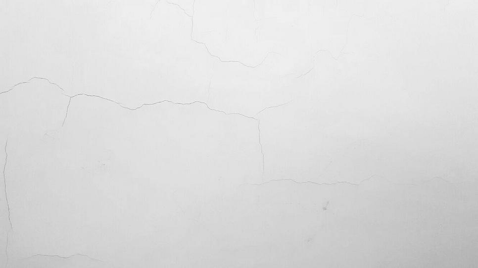油漆令牆身產生裂紋