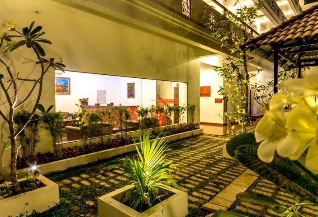 Boutique hotel for sale in 2015 siem reap ips cambodia for Boutique hotel for sale
