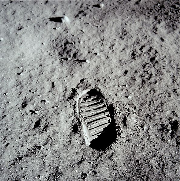 Buzz Aldran's boot print on the moon.