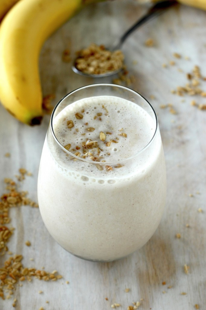 bakerbynature http://bakerbynature.com/the-best-vegan-banana-honey-smoothie-ever/