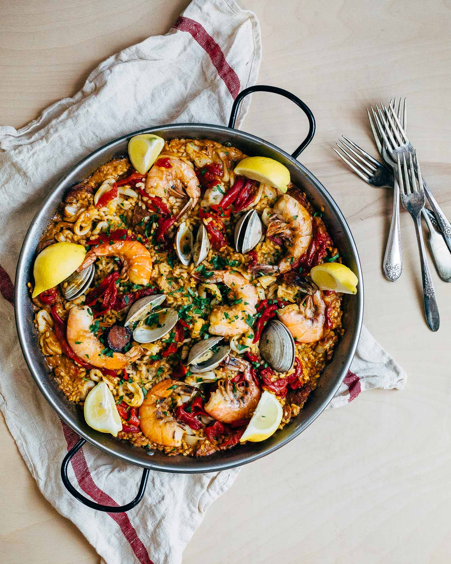 brooklynsupper http://brooklynsupper.com/2016/03/seafood-paella/