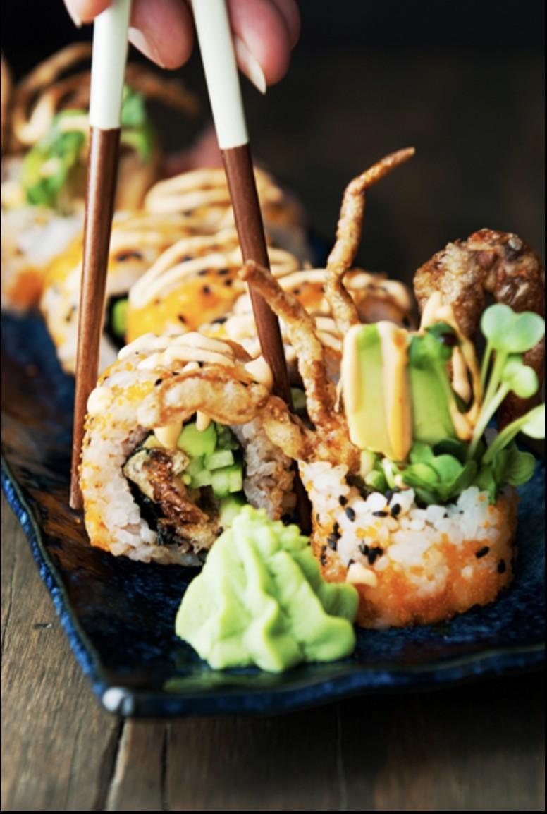 牛油果軟殼蟹壽司1