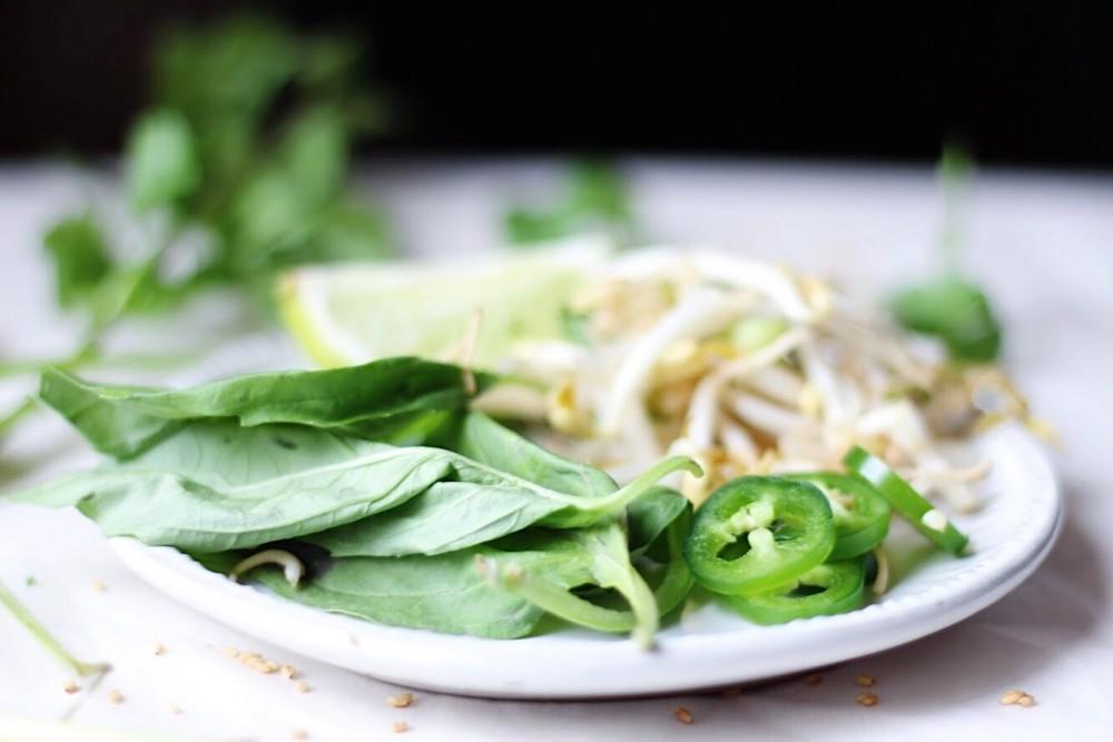 越式雞肉菜心湯麵2