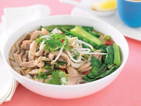 越式雞肉菜心湯麵1