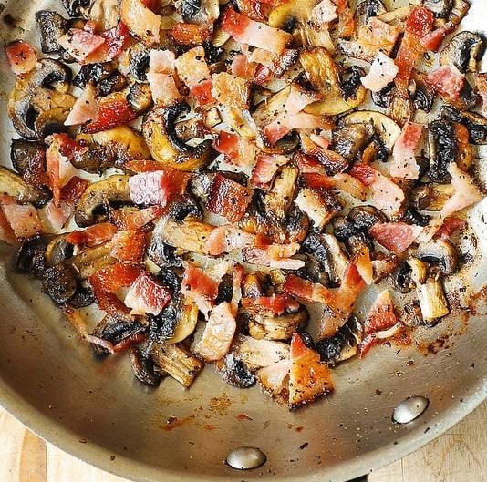 蘑菇奶油煙肉意麵2
