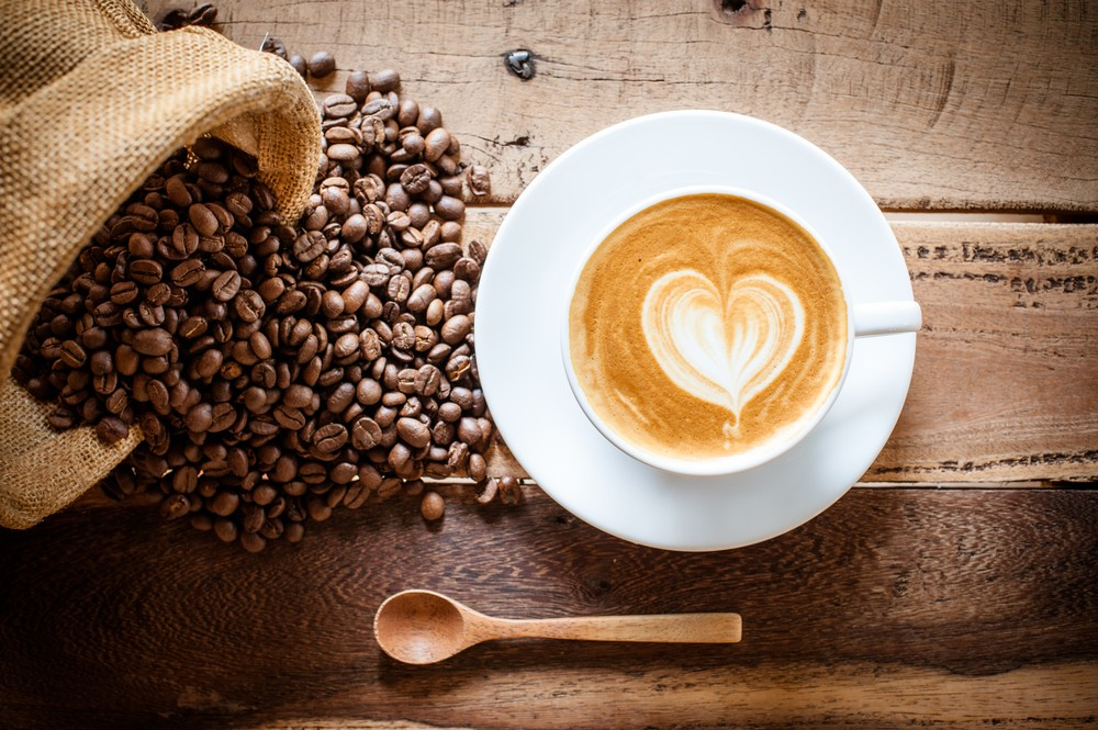 研究發現,每日飲2-3杯咖啡,女性體內總脂肪、腹部脂肪會較低。